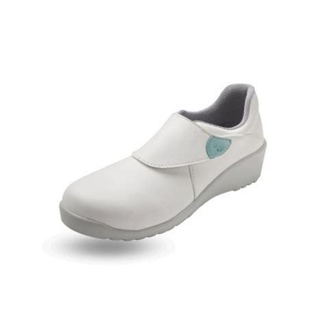 chaussure de cuisine professionnel chaussure de cuisine pour femme modèle en blanc