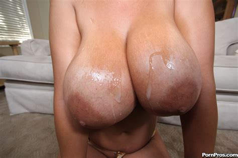Cumt In Gallery Cum On MILF Tits Picture Uploaded