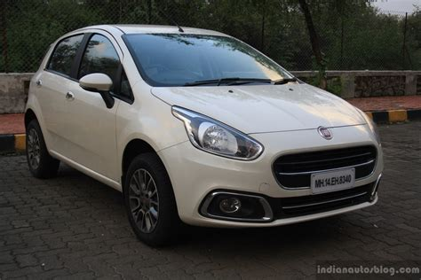 Fiat Punto Evo Petrol Review (1.4l Fire