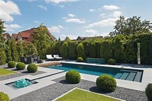 haus und wohnench portal fur bauen wohnen haus With französischer balkon mit pool haus garten