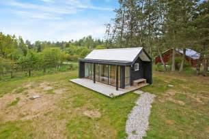Modern Interior Design For Small Homes Modern Scandinavian Tiny House By Simon Steffensen