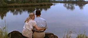B/W - HD Photo- Robin Wright and Tom Hanks in Forrest Gump ...