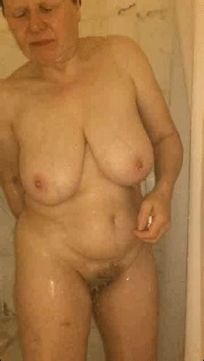 S 61 Year Old Mature Busty Curvy Sexy Body By
