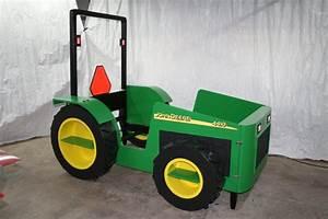 John Deere Tractor Bed - by AnthonyP @ LumberJocks com