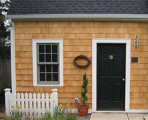 alaskan yellow cedar shingle   house front