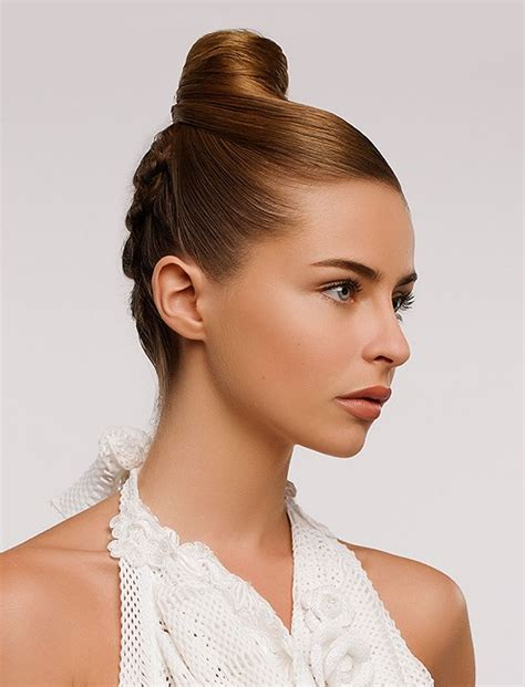Hairstyles Updo by 32 Updo Hairstyles For Prom 2017 2018