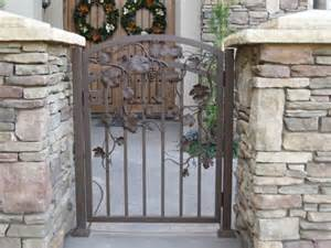 Front Gate Outdoor Furniture Picture