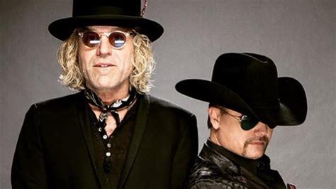 country duo big rich describe horrific las vegas