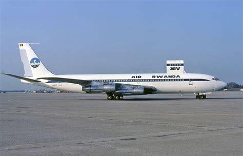 File:Air Rwanda Boeing 707 Groves-2.jpg - Wikimedia Commons