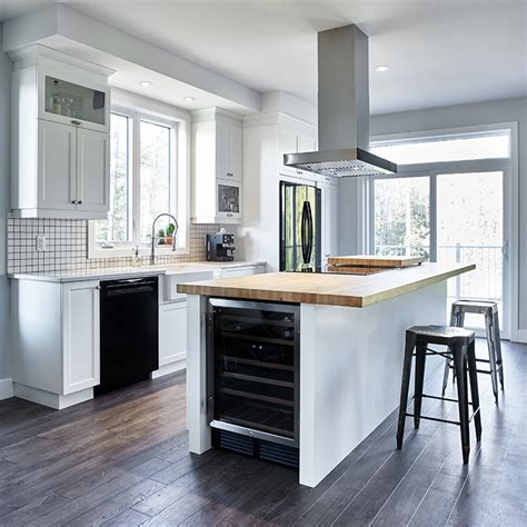 cuisine avec cellier cuisine avec cellier on rebascule les armoires la