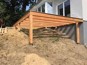 erhohte terrasse aus bangkirai mit holztreppe und With französischer balkon mit garten terrasse selber bauen