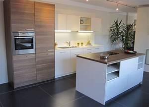 Küche Modern Mit Kochinsel : leicht kanto kh verkauft ~ Bigdaddyawards.com Haus und Dekorationen