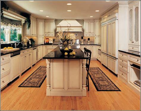 quaker maid kitchen cabinets dandk organizer