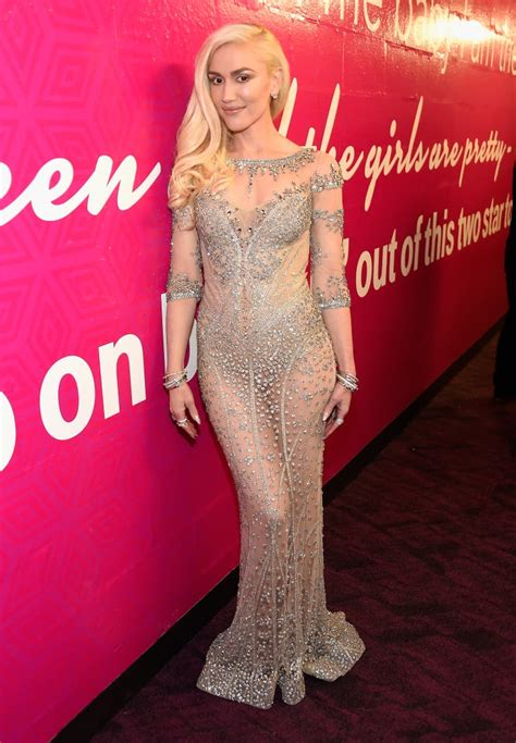 Sexy Gwen Stefani Pictures | POPSUGAR Celebrity UK Photo 7
