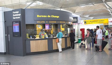 bureau de change com cbn revokes licences of 766 bureau de change firms