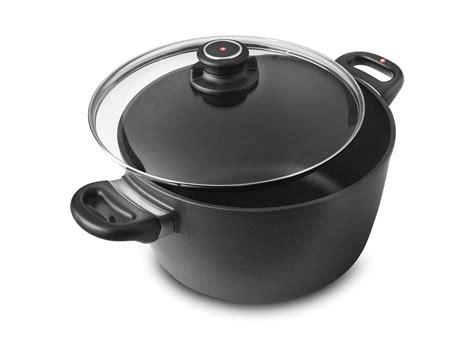 swiss diamond induction nonstick soup pot  quart cutlery