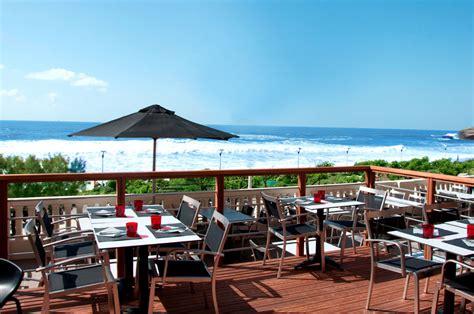deco maison cuisine ouverte restaurants vue mer au pays basque