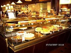 Bild QuotKuchenthekequot Zu Restaurant Im Kaufhaus Breuninger In