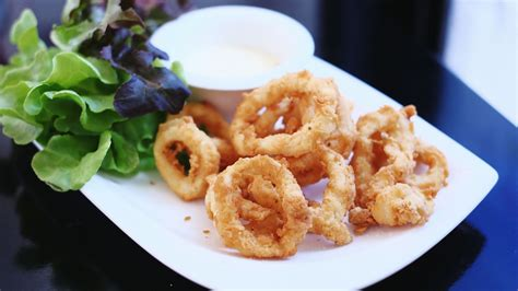 what is calamari calamari