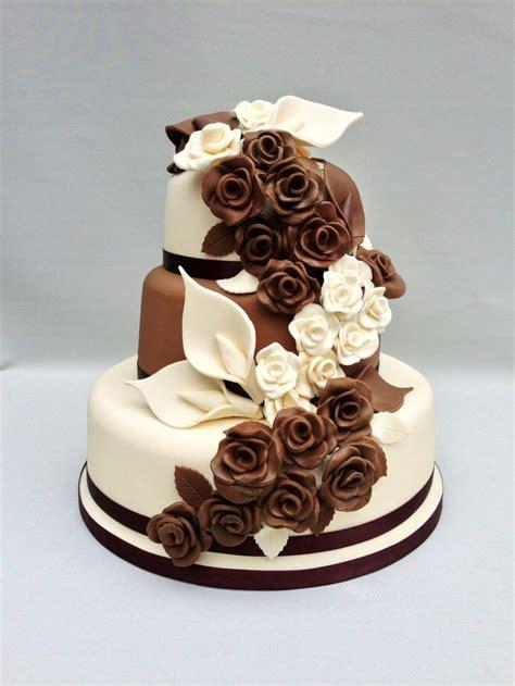 milk  white chocolate cake decorated  chocolate