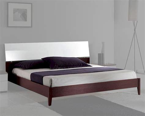 italian modern bed italian modern two tone platform bed 33b222