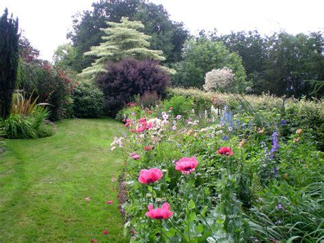 hillside gardening hillside gardens