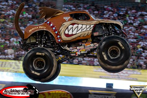 monster truck show in las vegas monster jam world finals xvii photos thursday double down