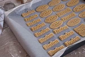 Kekse Mit Namen : ein keks der deinen namen tr gt die backschwestern ~ Markanthonyermac.com Haus und Dekorationen