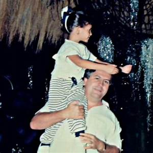 Pablo Escobar and his daughter Manuela | Pablo escobar ...