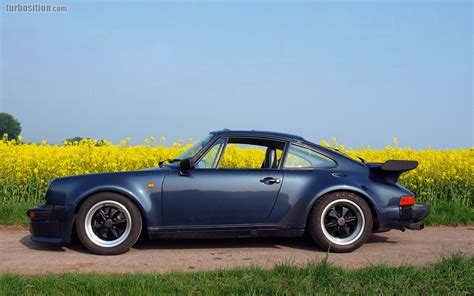 Porsche 930 prussian-blue-metallic // Porsche of the month ...