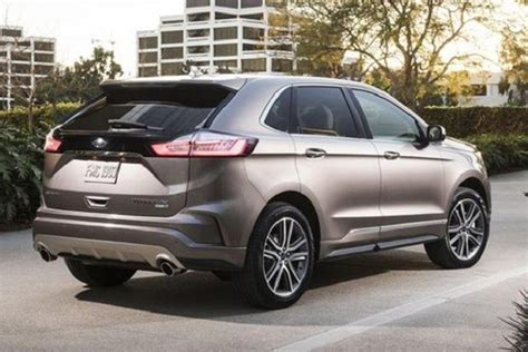 ford edge rear view      suv models
