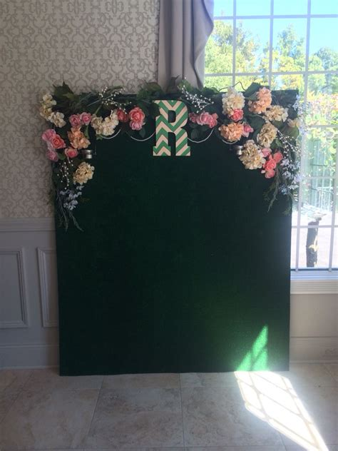 Wedding Photo Backdrop With Artificial Grass Greenery