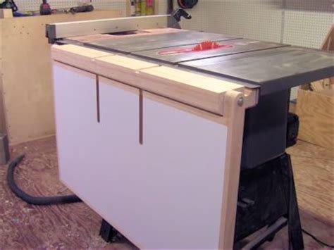 folding  feed table   table