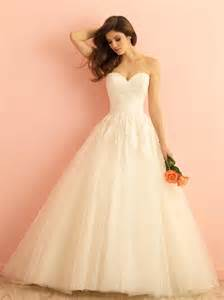 ivory wedding gowns ivory lace tulle strapless sweetheart gown wedding dress of