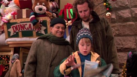 Home Alone 2 Lost In New York (1992) Review By That Film Fatale