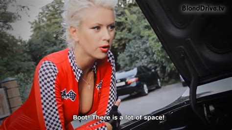 sexy blonde tests gaz 14 chaika russian limo autoevolution
