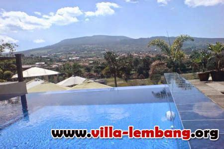 villa  pemandangan gunung  indah  lembang