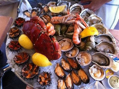 stage cuisine marseille superbe et excellent plateau de fruits de mer picture of