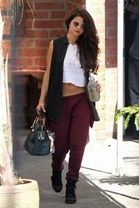 Selena Gomez Look Much Pretty In Street Style Look ...