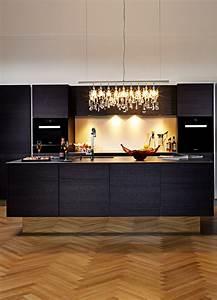 Küche Schwarz Matt : k che in schwarz matt oder hochglanz was ist besser pinterest k che schwarz kochinsel und ~ Markanthonyermac.com Haus und Dekorationen