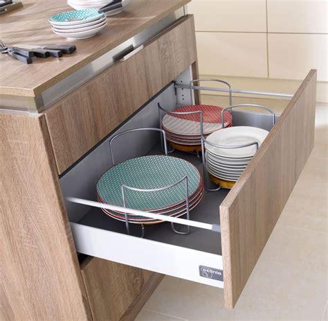 tiroir coulissant meuble cuisine 5 idées pour une cuisine maxi rangement côté maison