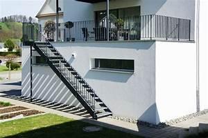 Geländer Treppe Aussen : resultado de imagen de aussentreppe design escaleras in 2019 aussentreppe treppe und ~ A.2002-acura-tl-radio.info Haus und Dekorationen