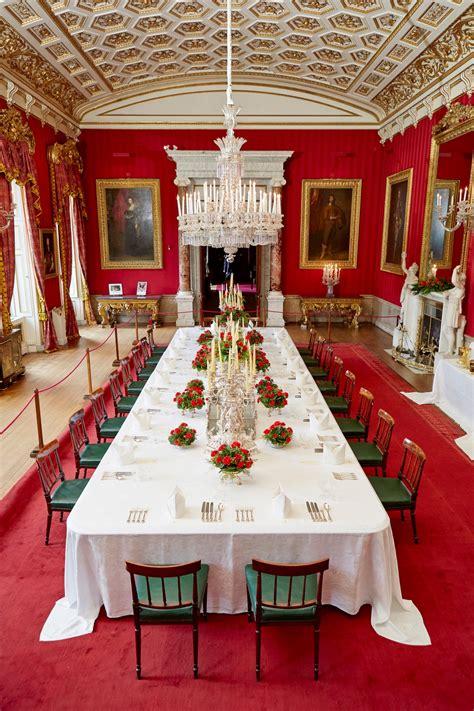 grand   chatsworth house begins imagine