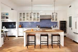 Blue Kitchen Tile Backsplash Spruce Up Your Home With Color Blue Tiles For The Kitchen And Bathroom