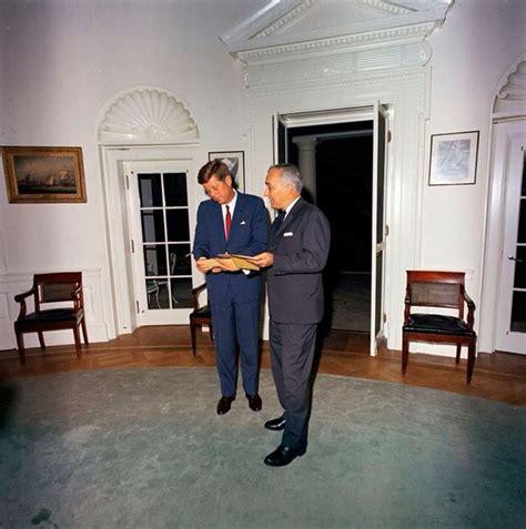 bureau ovale maison blanche 17 meilleures images à propos de 1963 octobre