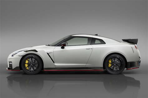 Matte Black Gtr Nismo Wallpaper by Check Out The Performance Specs Of The 2019 Nissan Gt R Nismo