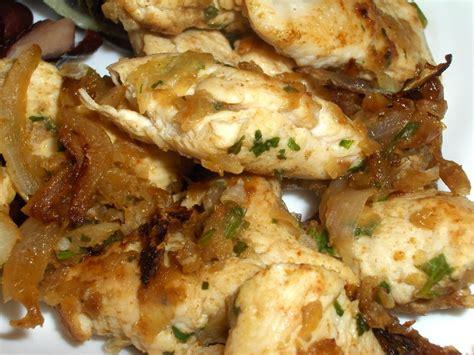 cuisiner les blancs de poulet blancs de poulet épicé le ventre sur pattes
