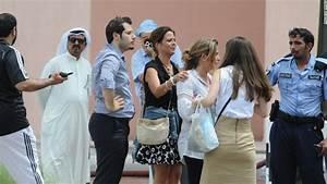 Qatar probes deadly shopping mall blaze - CNN.com