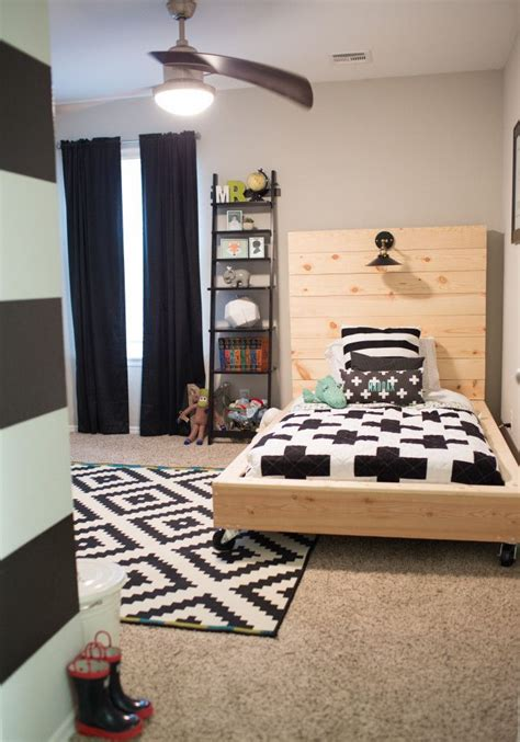 Bedroom Ideas For Boy And Room by 25 Best Ideas About Toddler Rooms On Toddler