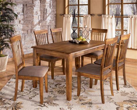 berringer  rectangular dining room table   side chairs